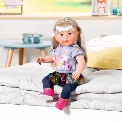 """Кукла BABY BORN серии """"Нежные объятия"""" - СЕСТРЁНКА-МОДНИЦА (43 cm, с аксессуарами)"""