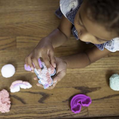 Набор шарикового пластилина EDUCATIONAL INSIGHTS - СКАЗОЧНОЕ КОРОЛЕВСТВО (2 формочки, 4 цвета)