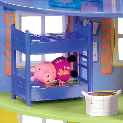 Игровой набор Peppa - ДОМ СЕМЬИ ПЕППЫ (домик с мебелью, фигурка Пеппы)